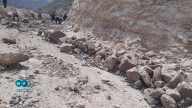 Photo of سيول جارفة تغلق الممر الإنساني الوحيد إلى بلدة حيط .. والمحلي فيها يناشد (..)