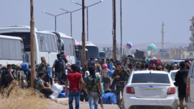 "Photo of قوات الأسد تتعرّض لقافلة المهجّرين ""الأخيرة"" من درعا"