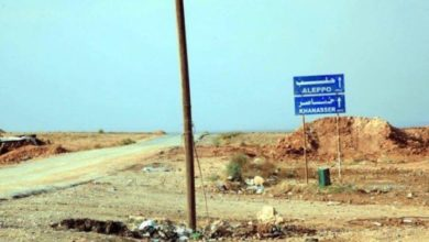 "Photo of مقتل وجرح العشرات.. انقلاب حافلة لقوات الأسد على طريق الموت ""أثريا – خناصر"""