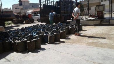 Photo of إخلاف نظام الأسد بوعوده للأهالي يؤدي لاستمرار أزمة الخبز والمحروقات في محافظة درعا