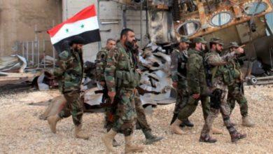 صورة مدنيّون بريف درعا يطردون دورية لقوات الأسد بعد محاولتها اعتقال ضيف أردني زائر