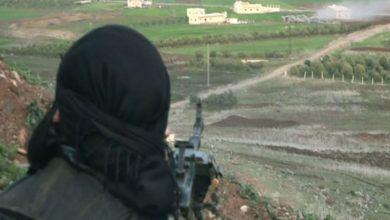 Photo of مجهولون يستهدفون سيارة أمنيّة تقل ضباط من قوات الأسد على جسر خربة غزالة بريف درعا