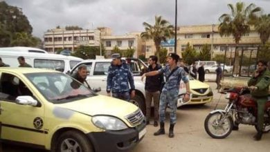 "Photo of على خلفية توزيع ""البنزين"".. شجار يتطوّر إلى اشتباك مُسلّح بين قوات الأسد في مدينة درعا"