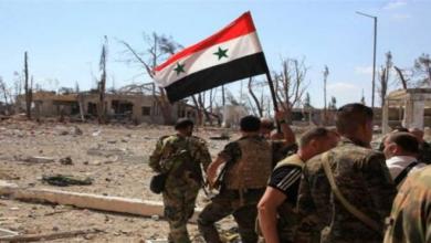 Photo of قوات الأسد تعتقل ثلاثة مدنيين وقيادي سابق بالحر بدرعا وعناصر الأخير يهددون النظام للإفراج عنه