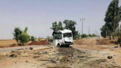 Photo of قتلى وجرحى من الفرقة الرابعة بتفجير باص مبيت عسكري لها بريف درعا الغربي