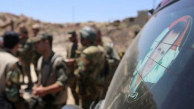 "Photo of قتلى وجرحى من ""المخابرات الجوية"" في تفجير استهدفهم أثناء تنقلهم بريف درعا"