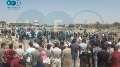Photo of بهتافات إسقاط الأسد.. تشييع جثمان عنصر الفيلق الخامس بدرعا