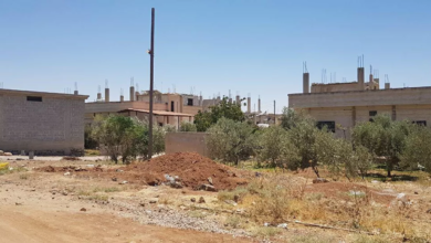 Photo of عبوة ناسفة تودي بحياة امرأة وطفلتيها في أم المياذن شرقي درعا